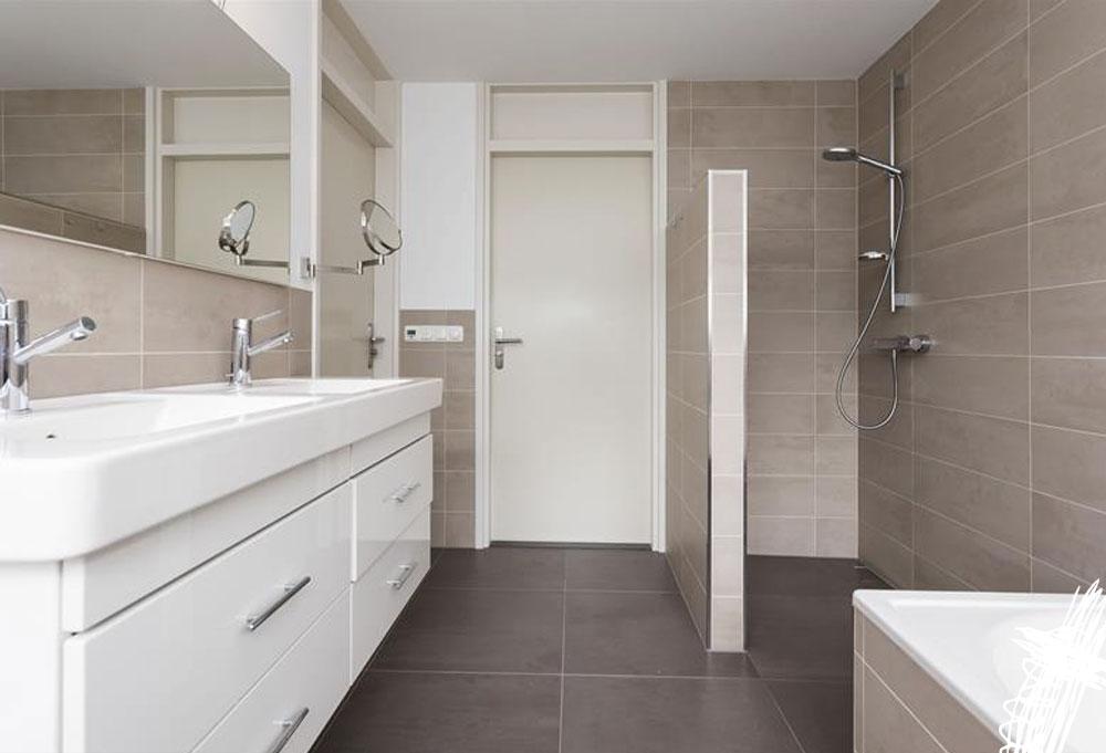 Nieuwe Badkamer Meubels ~ Badkamer nieuwe situatie